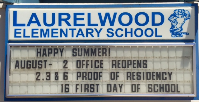 image of school's marquee for summer 2018 dates